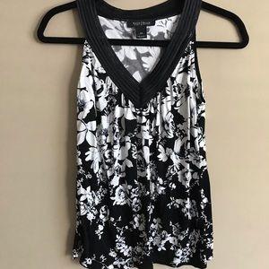 Sleeveless Top Black and White Floral V